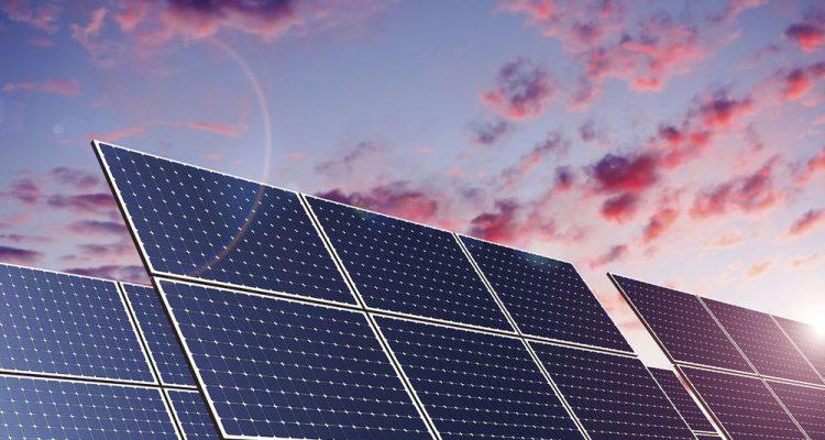 la diff rence entre l 39 nergie solaire photovolta que et thermique. Black Bedroom Furniture Sets. Home Design Ideas