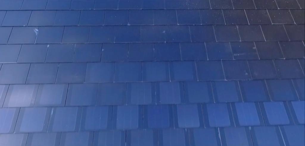 le toit solaire de tesla pourrait co ter moins cher qu 39 un toit standard actuel. Black Bedroom Furniture Sets. Home Design Ideas