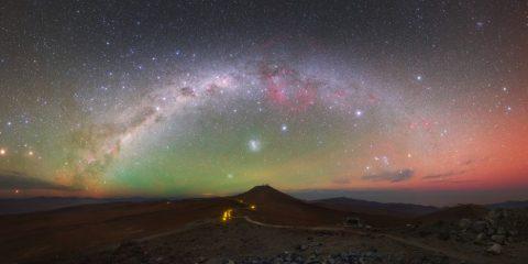 obervatoire paranal chili nord lueur de l'air lumière nocturne ciel