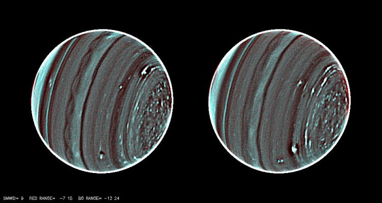 uranus magnetosphère champ magnétique système solaire