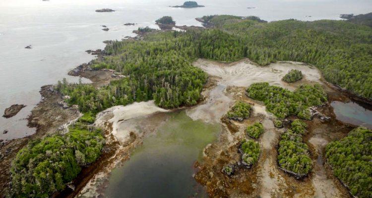 triquet island canada village ancien découverte