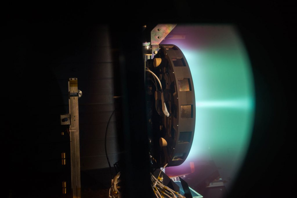 propulseur effet hall ions ionique