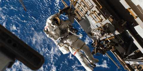 iss space espace station spatiale image wallpaper