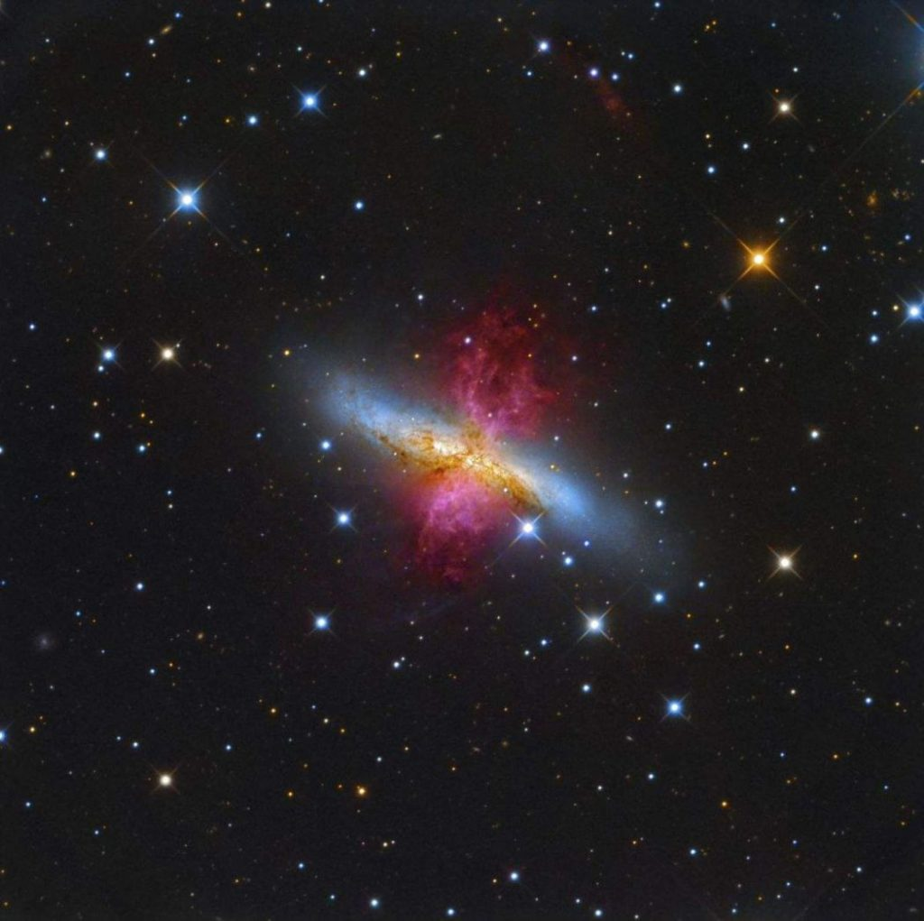 insight-astronomy-photographer-of-the-year-25-1050x1047