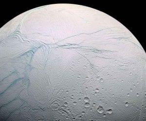 encelade saturne lune satellite