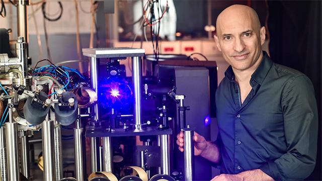 Jeff Steinhauer rayonnement hawking