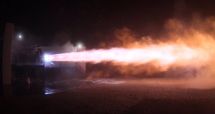 details elon musk twitter moteur test raptor fusée space x mars
