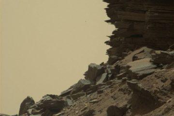 mars roche stratifiée rover curiosity paysage martien mont sharp aeolis mons roches versant colline