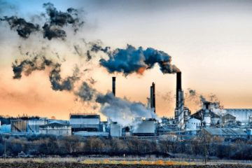 scientifiques processus transformant le CO2 en éthanol industrie pollution