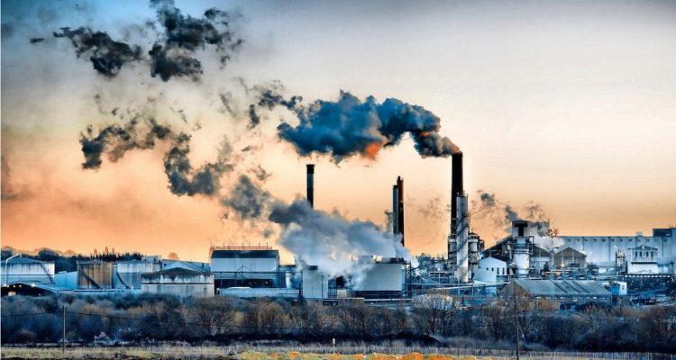 scientifiques processus transformant le CO2 en éthanol industrie pollution
