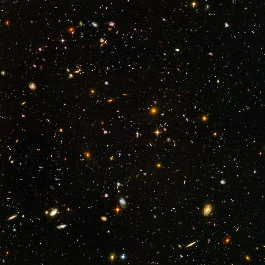 ultra deep fiel champ profond hubble telescope spatial