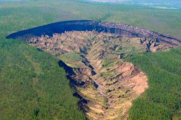 cratère trou sol fonte glace réchauffement sibérie foret sédiments