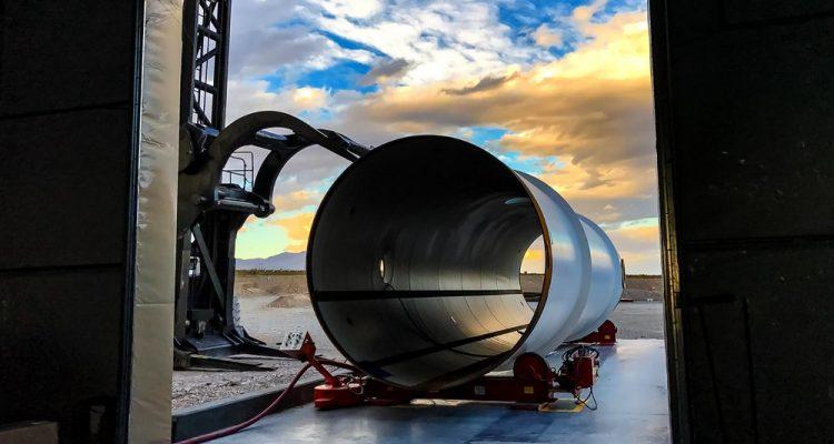 hyperloop tube one construction transport rapide révolutionnaire