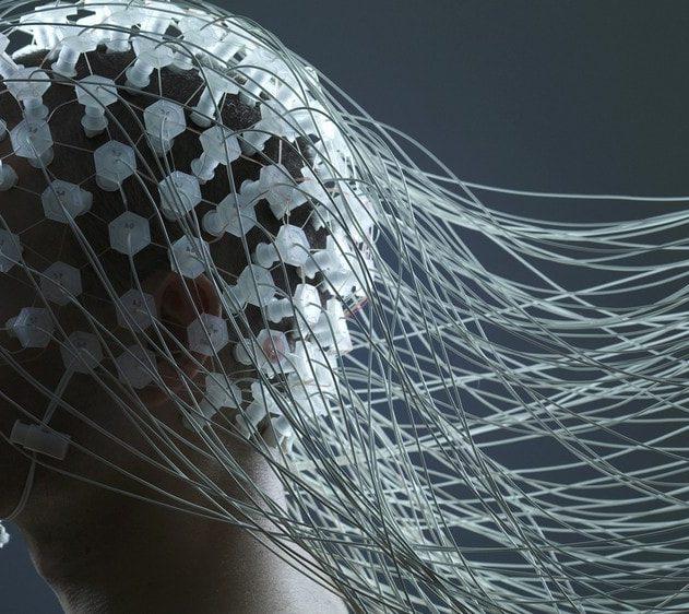 electroencephalogramme EEG se parler a soi meme stress emotions negatives pensées-min