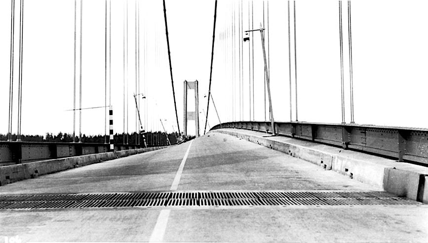 pont resonance tacome détroit narrows 1940