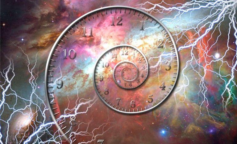 time travel to past voyage temporel physique quantique particules