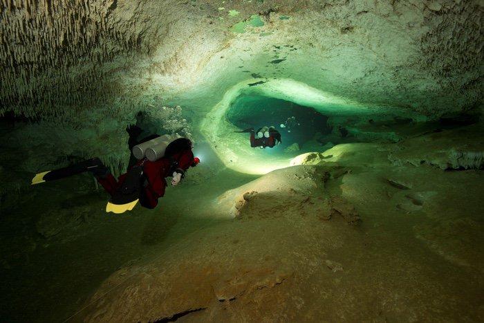 caverne grotte sous marine submergee mexique