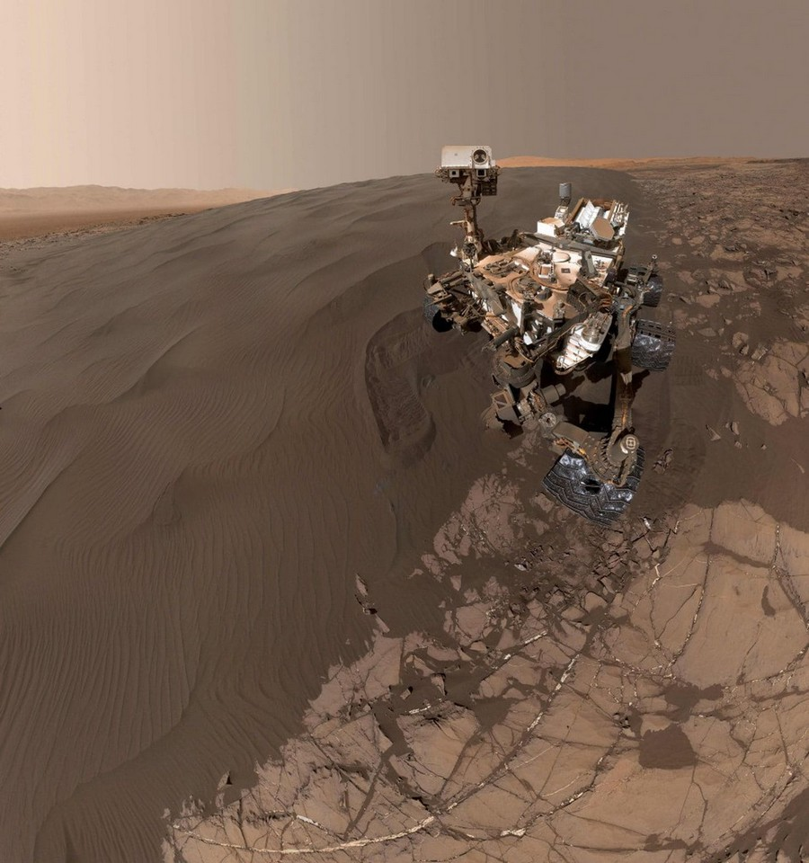 mars selfie rover curiosity aeolis mons mont sharp