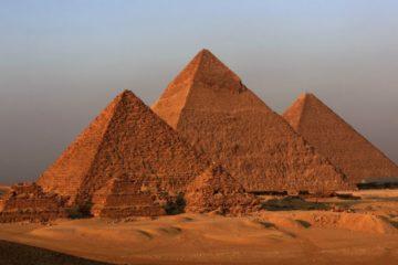 pyramides alignement egypte equinoxe