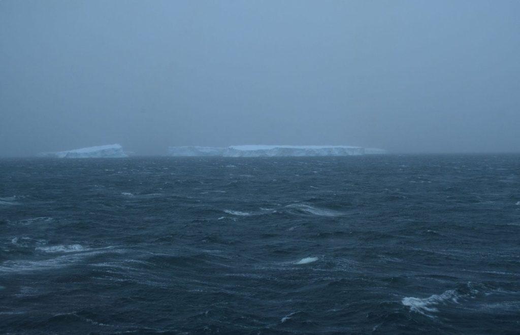 glacier antarctique fonte glace eau réchauffement