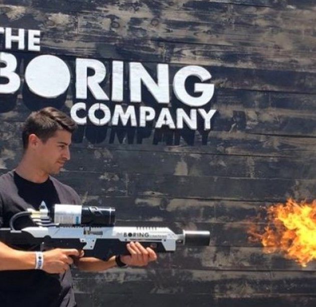 boring company lance flamme lanceflamme arme