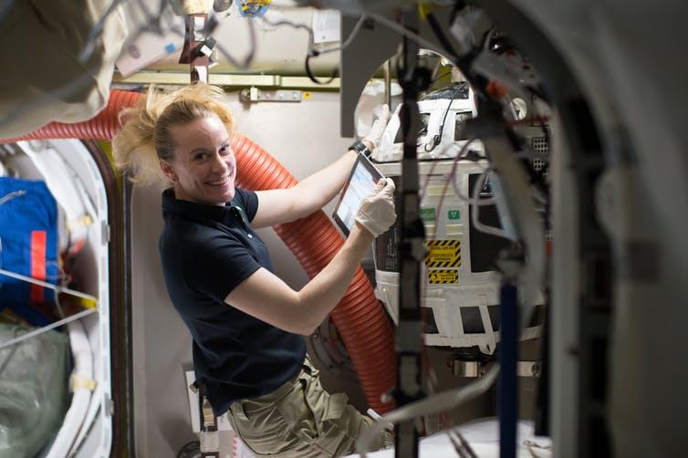astronaute nasa kate rubins azote oxygen systeme recharge