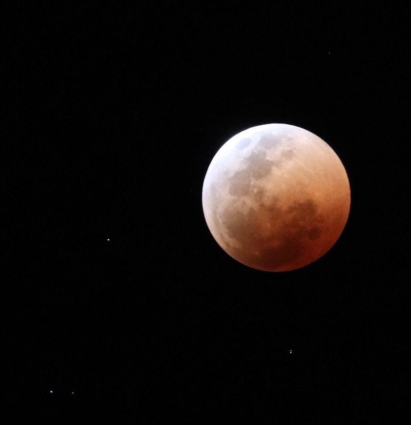lune rousse cap town