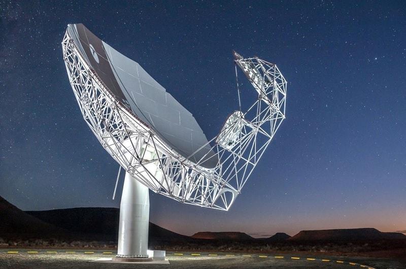 meerkat radiotelescope galaxie