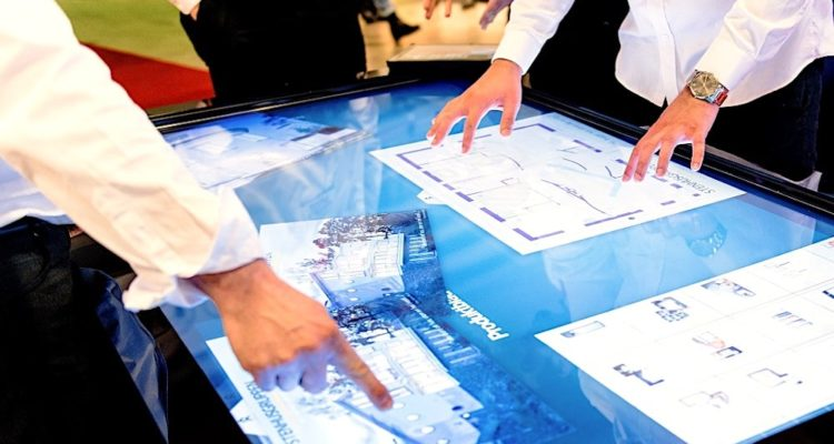 ecran interactif collaboration