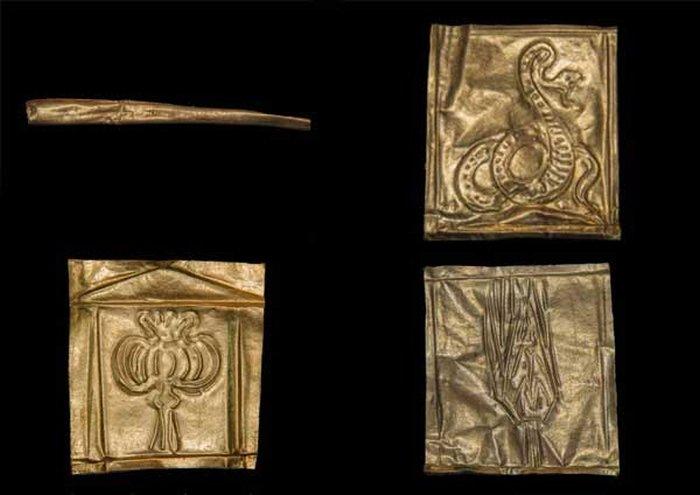 sarcophage noir mysterieux egypte or crane momies