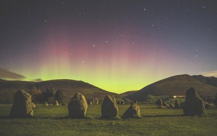 lune aurore royaume uni menhirs