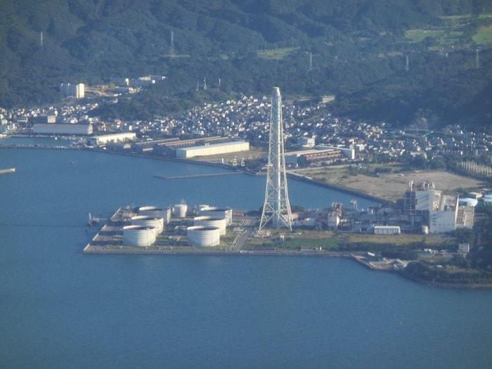centrale petrole japon