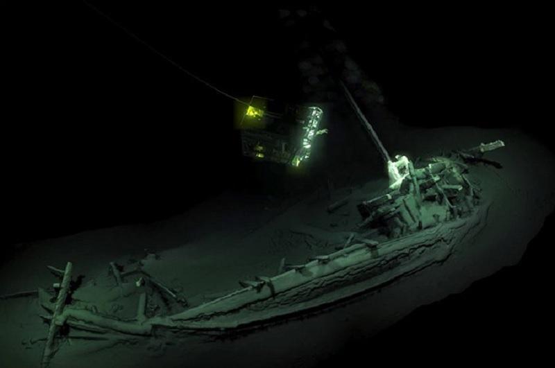 epave mer noire robot