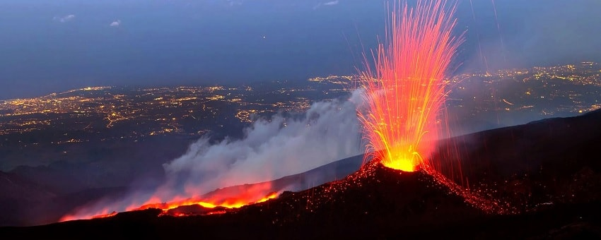 eruption volcan etna