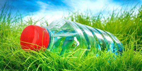 nouveau procede fabrication bioplastique microorganismes bouteille plastique