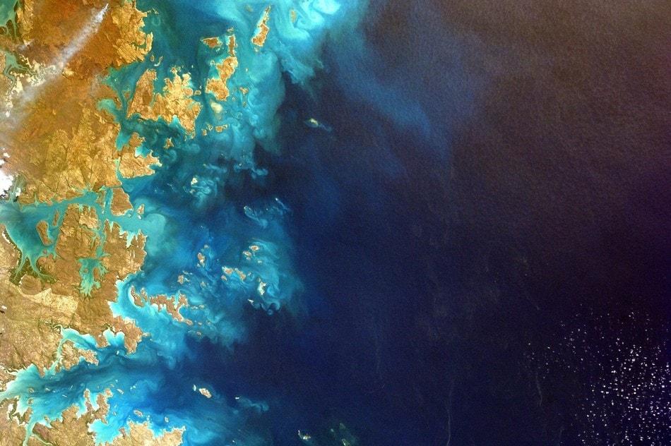 particules poussiere geantes enormes vent sahara desert caraibes atmosphere climat physique loi