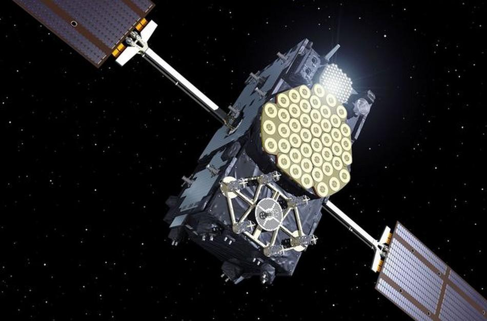 satellite galileo orbite elliptique circulaire horloge atomique einstein