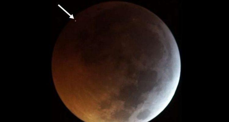 meteore lune eclipse totale impact filme premiere mondiale