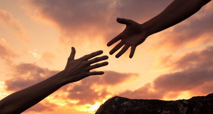 main valeur morale moralité éthique société bras lumiere soleil