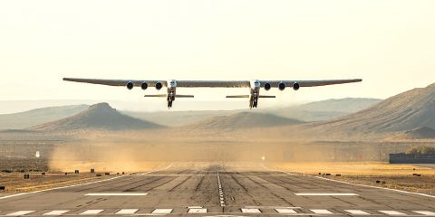 stratolaunch plus grand avion au monde premier vol