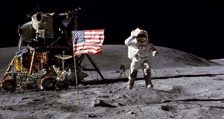 A-t-on vraiment marché sur la lune ? - Page 10 Apollo-11-studio-750x400