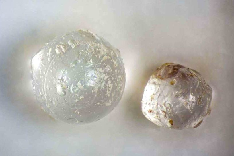 anciennes perles cosmiques traces impact asteroide