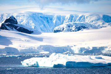 poussiere interstellaire decouverte antarctique