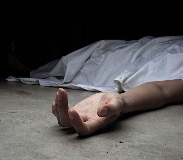 corps continue bouger un an apres mort