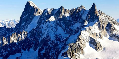 glacier mont blanc grandes jorasses effondrement imminent