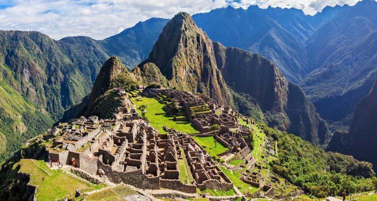 Les géologues ont peut-être enfin résolu le secret de l'étrange et unique emplacement de Machu Picchu ! (vidéo sur Bidfoly.com) By Stéphanie Schmidt Macchu-picchu-perou-site-750x400