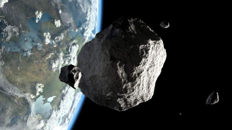 trois asteroides