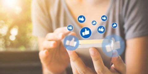 facebook veut masquer likes pour eviter jalousie