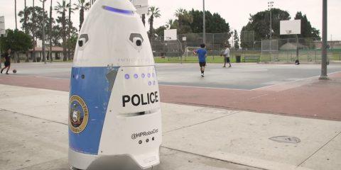 robot patrouille police parc los angeles