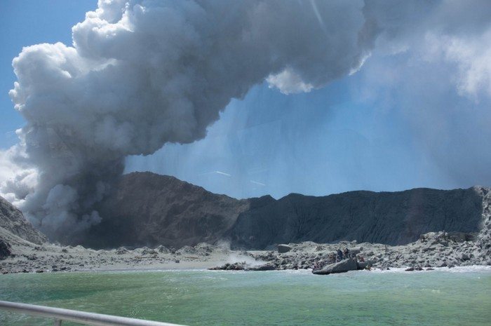 eruption volcanique nouvelle zelande white island